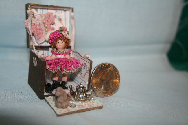 Tiny Doll in Trunk - 01AA