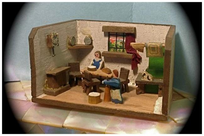 Tiny German Roombox - 01AA